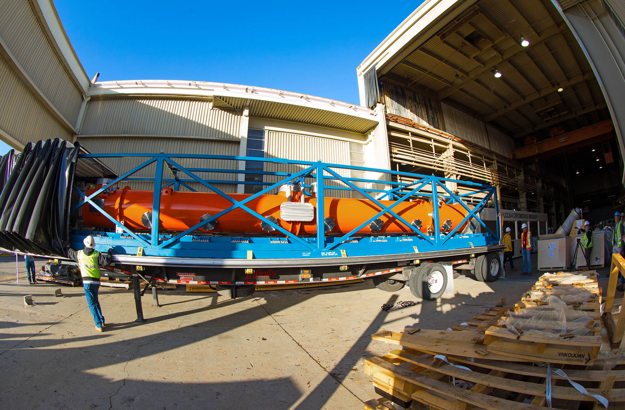 Superconducting X-Ray Laser Takes Shape in Silicon Valley ...