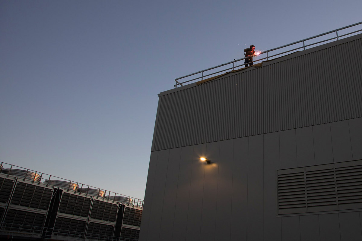 Superconducting X-Ray Laser Takes Shape in Silicon Valley